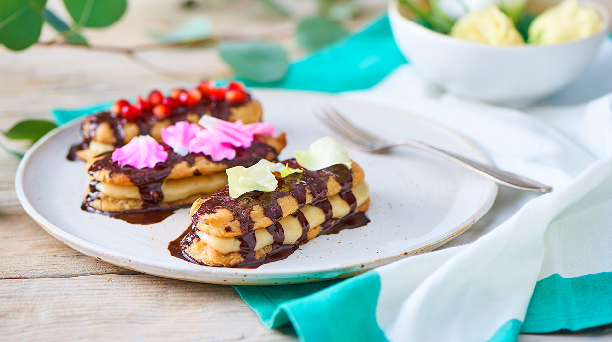 Wegańskie eklerki z kremem cytrynowym