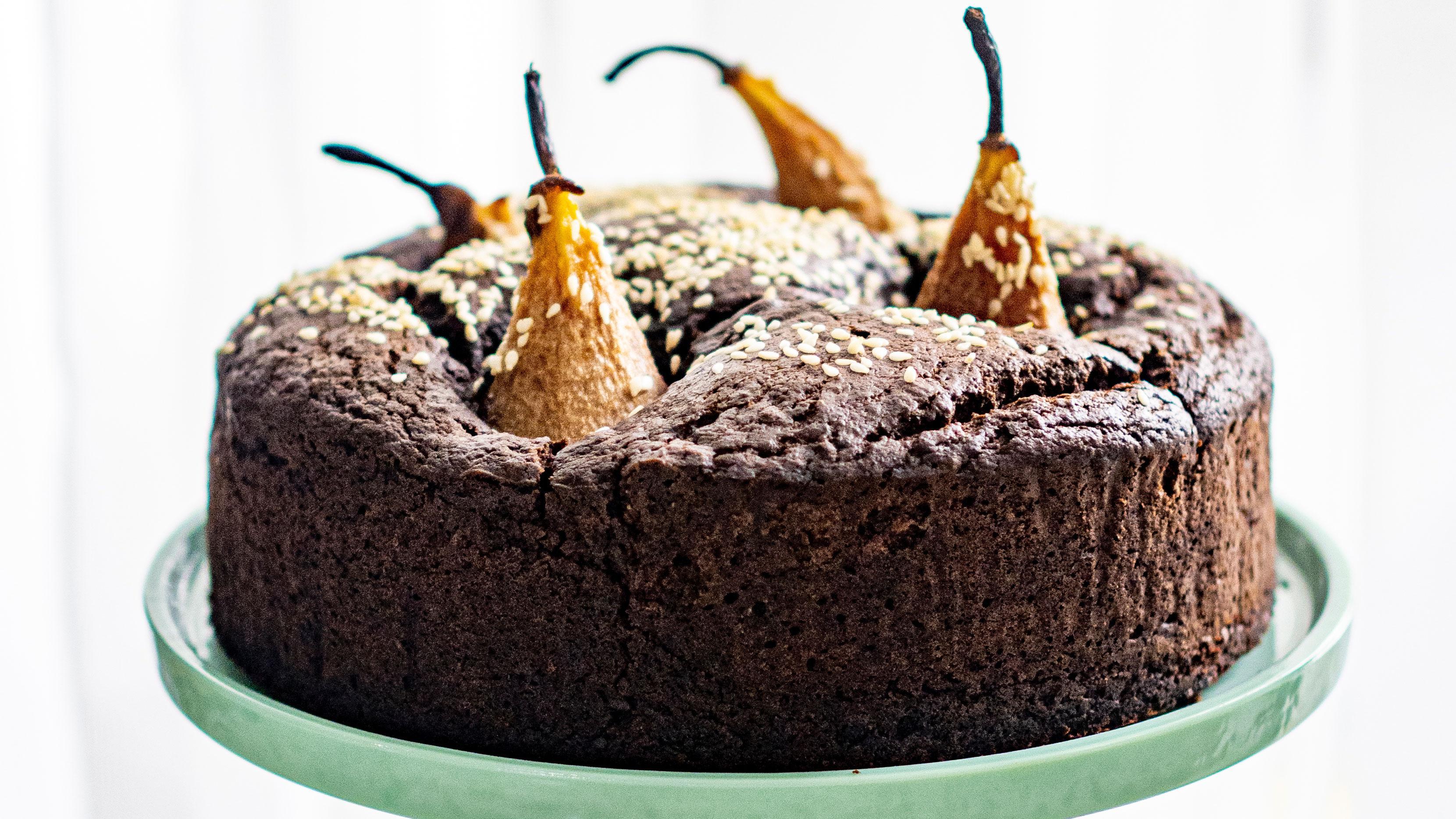 Wegańskie ciasto kawowe z gruszkami