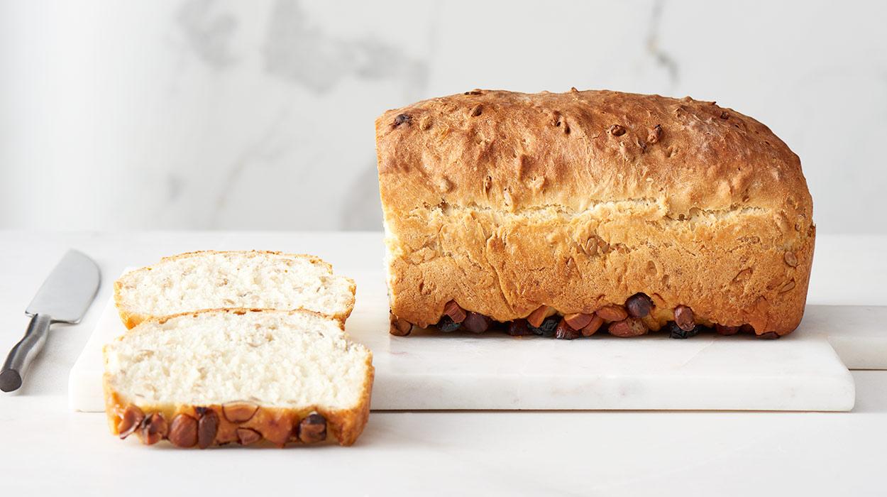 Chleb słonecznikowy z bakaliami