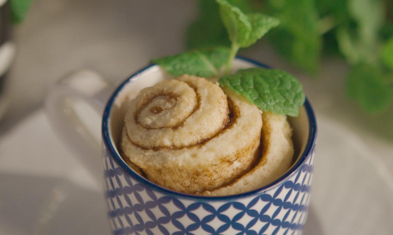 Cinnamon rolls z kubka