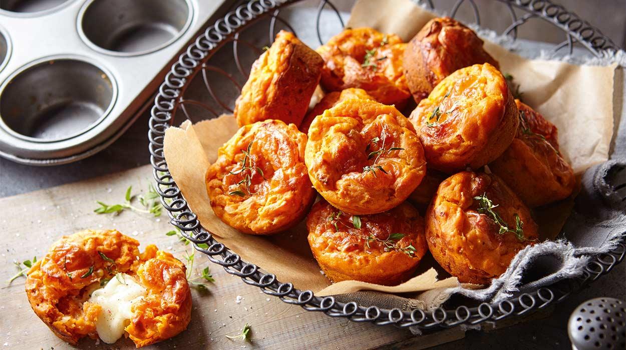 Babeczki pomidorowe z mozzarellą