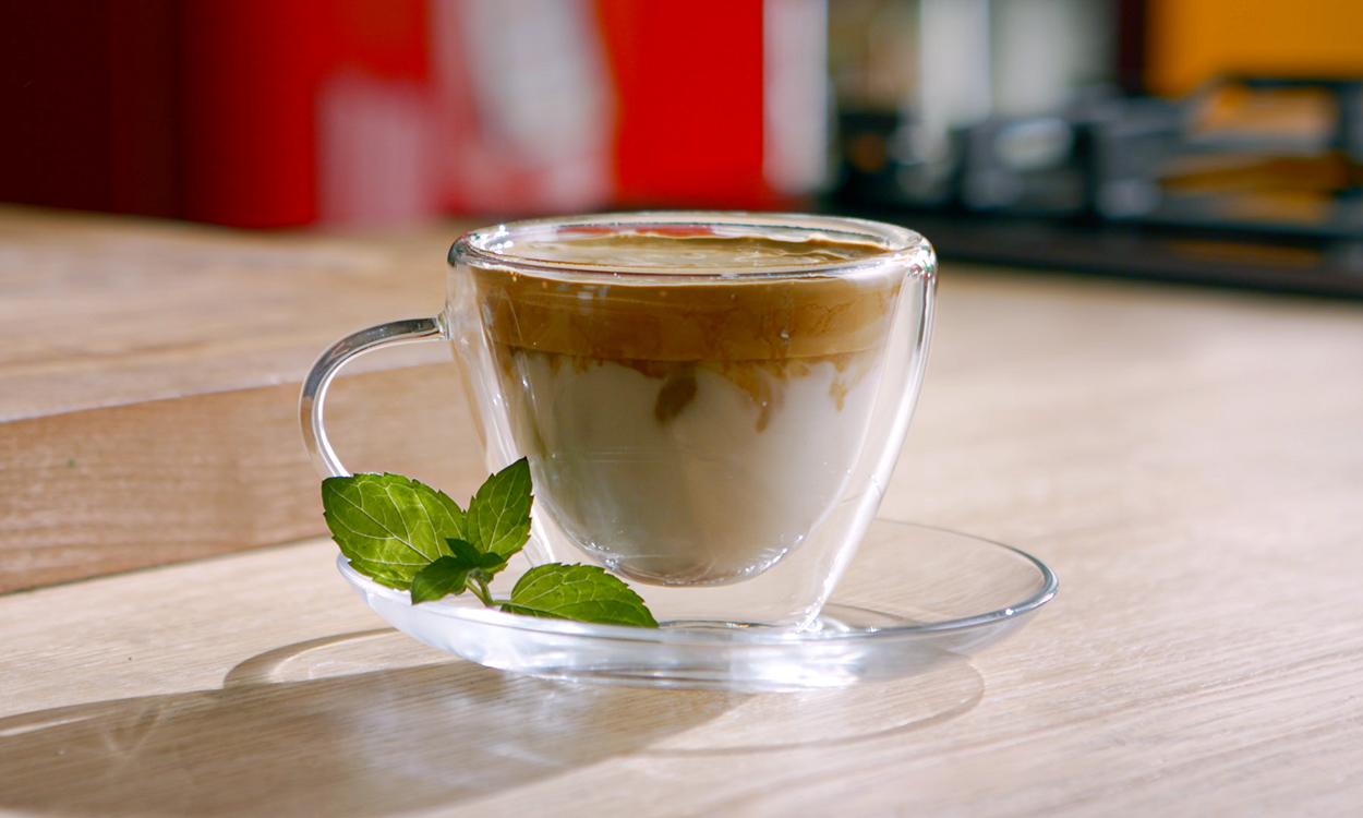 Dalgona coffee na 3 sposoby