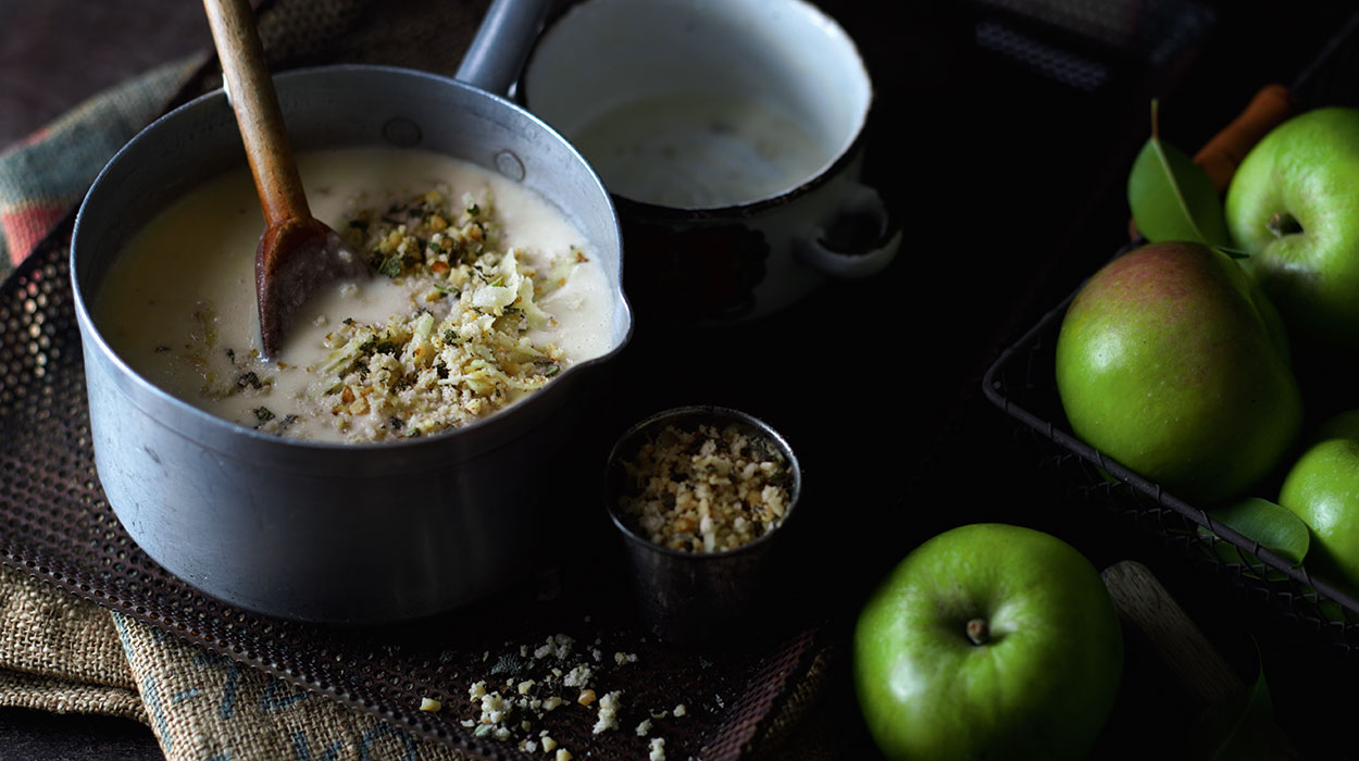Zupa jabłkowo-ziemniaczana