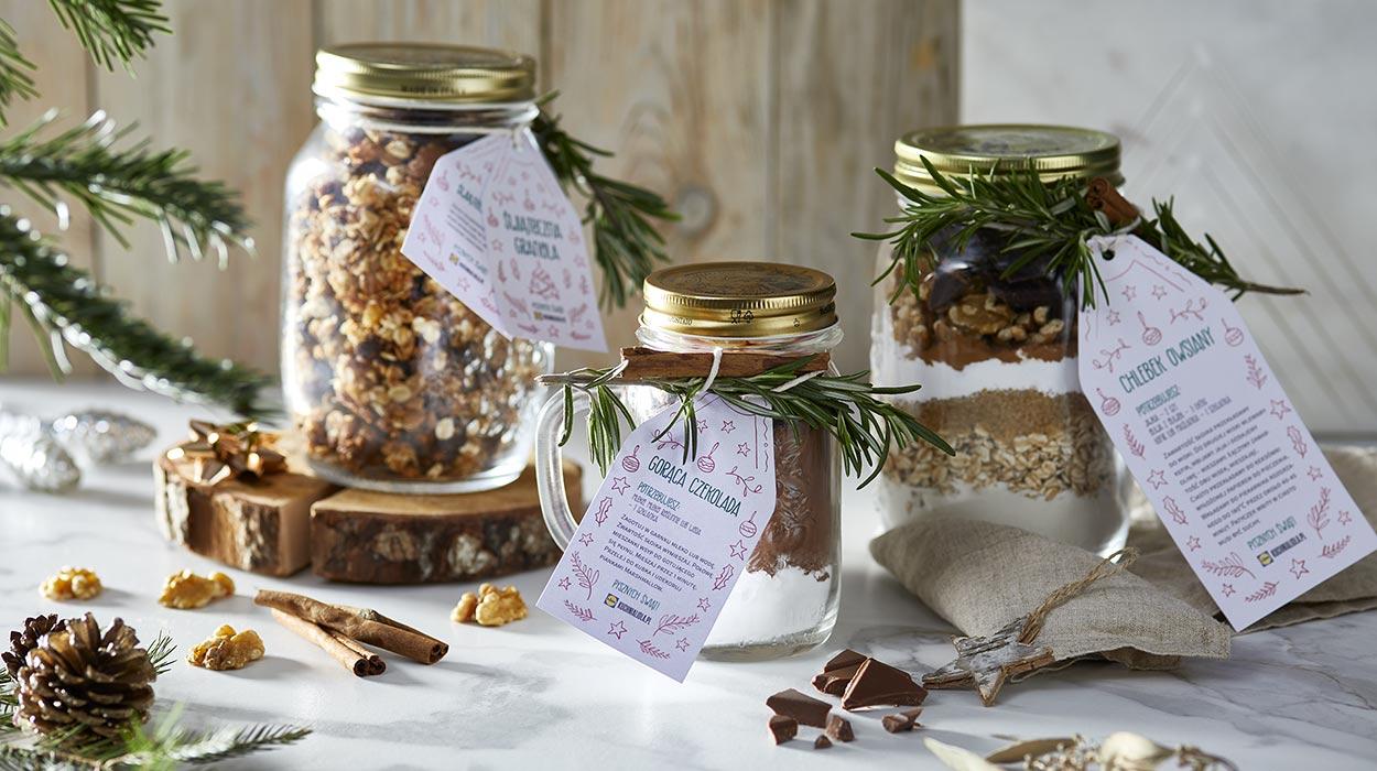 Jadalne prezenty: chlebek, gorąca czekolada i granola