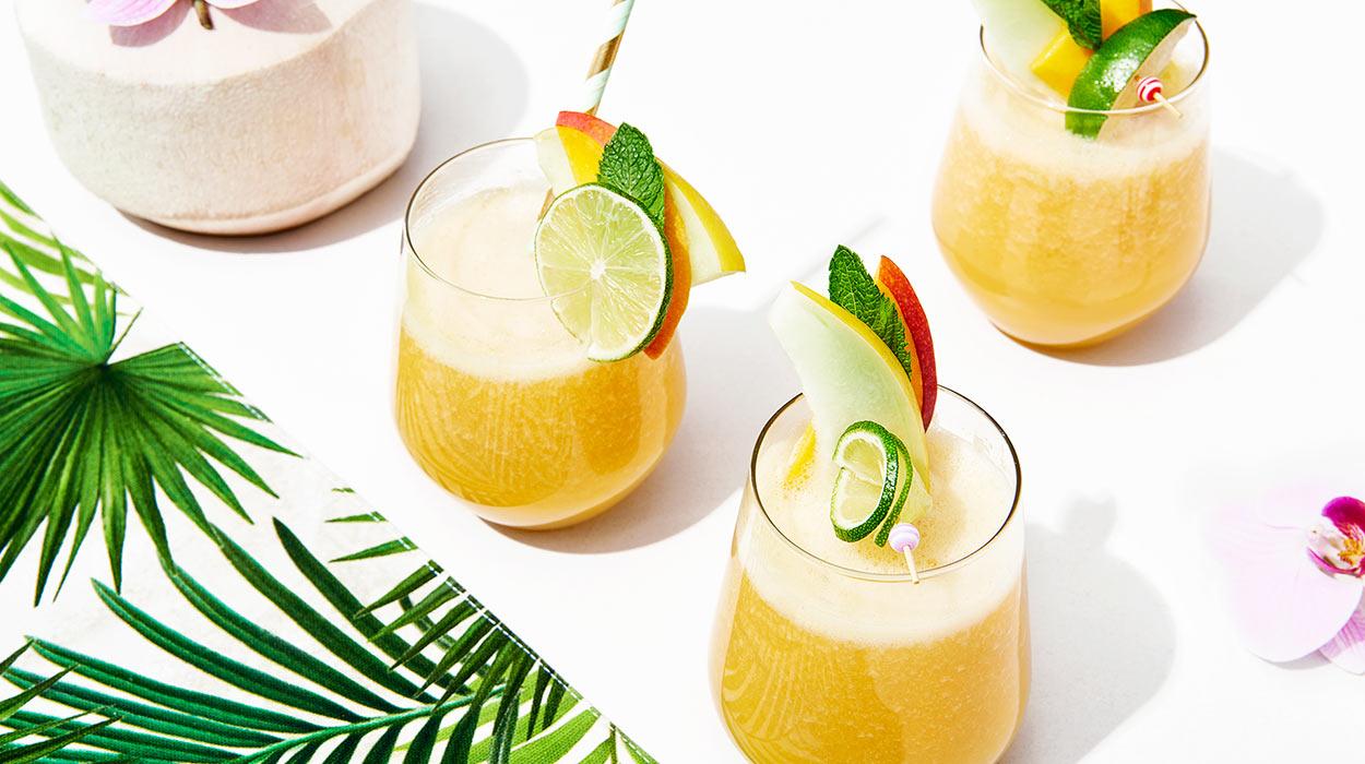 Lemoniada z wodą kokosową