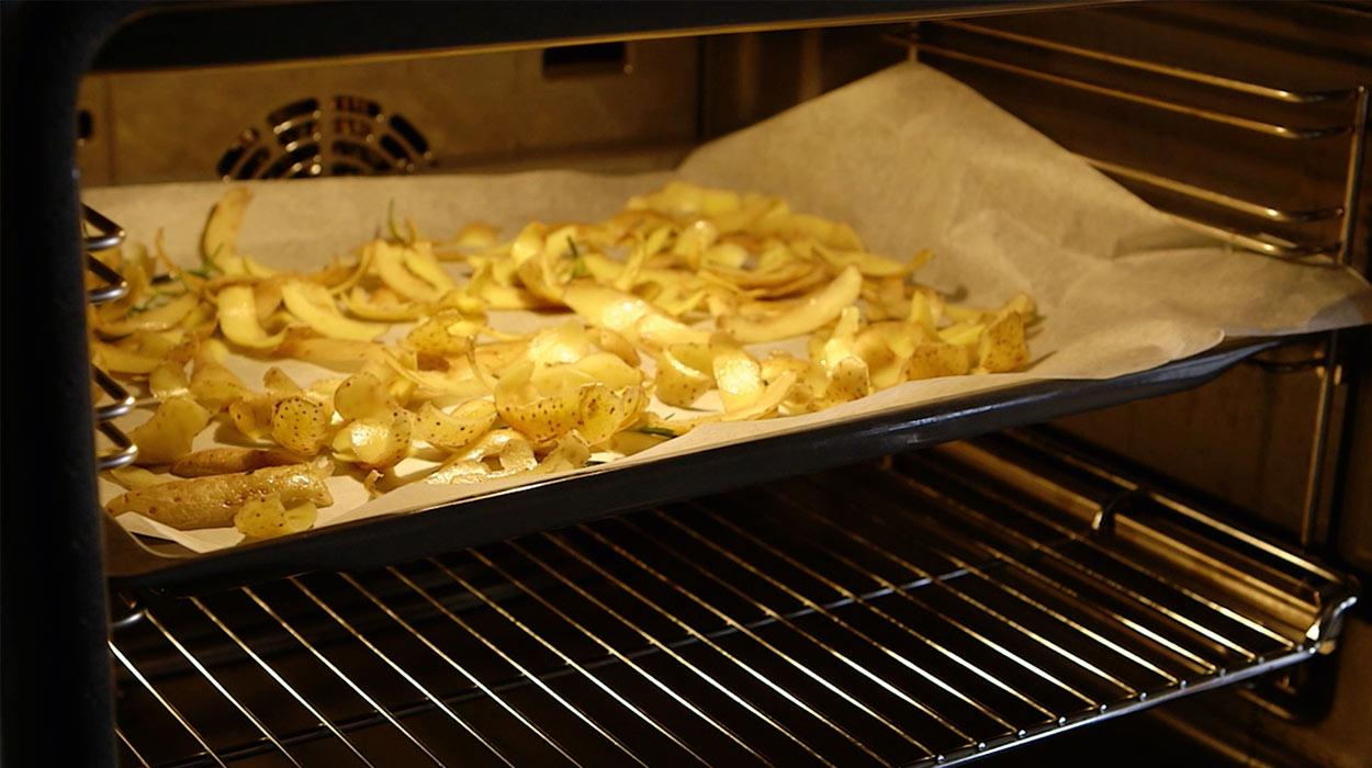 Jak Zrobic Chipsy Z Obierek Ziemniakow Kuchnia Lidla
