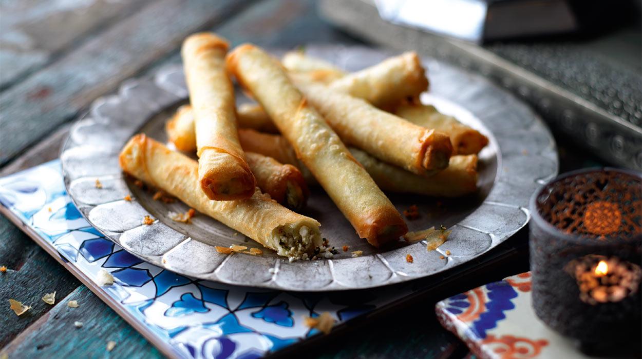 Burek z serem kozim i oliwkami