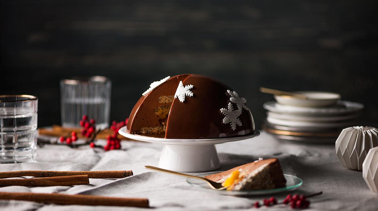 TORT CYNAMONOWO-MAKOWY