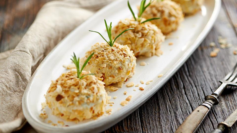 Kuleczki z gorgonzoli i rozmarynu